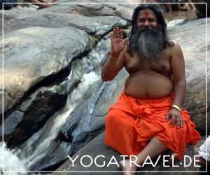 yogatravel2