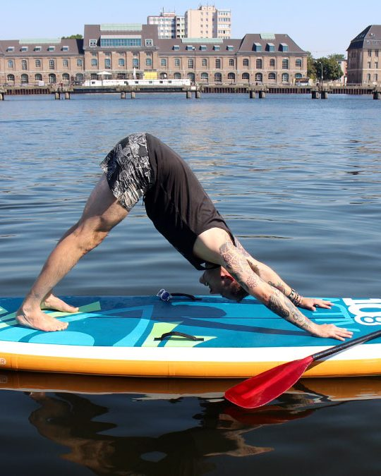 Tausche Matte gegen Brett – SUP Yoga in Berlin 3