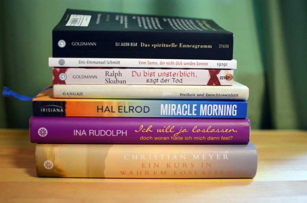 Bookspiration_Buchstapel