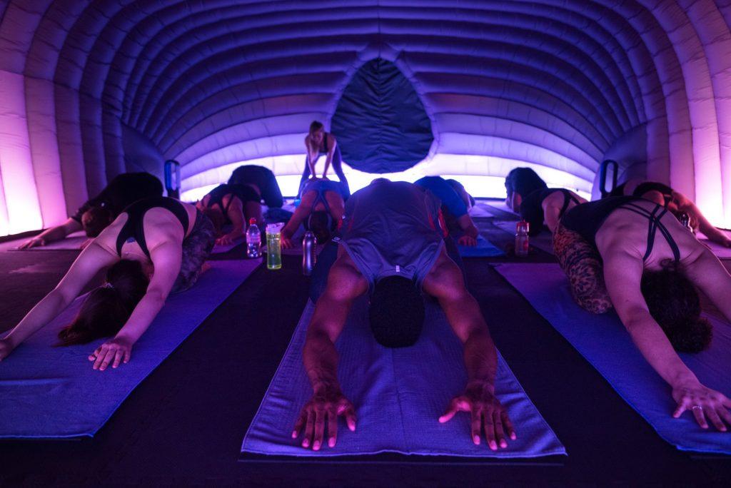 Neueröffnung in Berlin: Hotpod Yoga im warmen Kokon 7