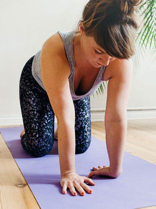 Yoga-Talk: Diese Übungen helfen bei Schmerzen im Handgelenk