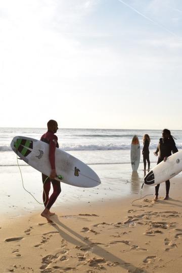 Das sind die besten Surf und Yogareisen 2018 2