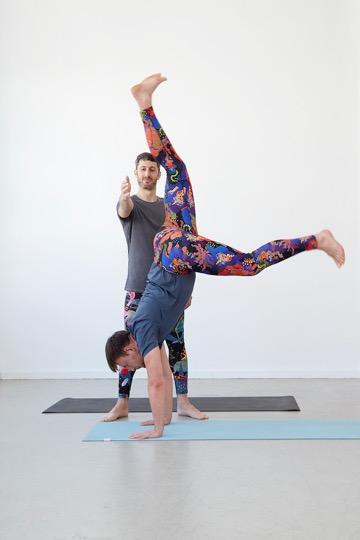 Das sind die besten Yoga-Outfits für Männer 3