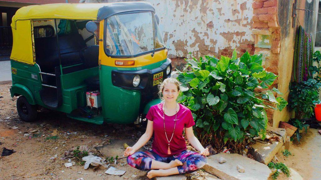 Zwischen Ashram und Bodyshape: Yoga in Indien heute 1