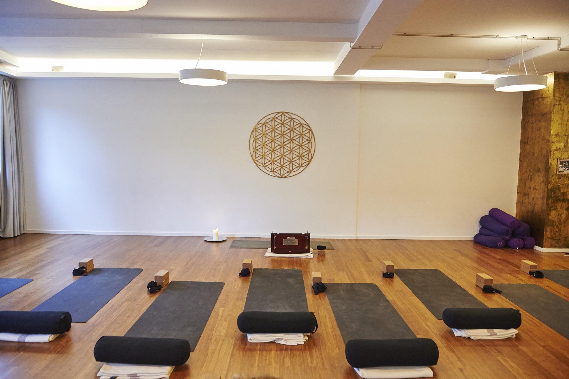 Yoga in München: Die Top 10 Studios