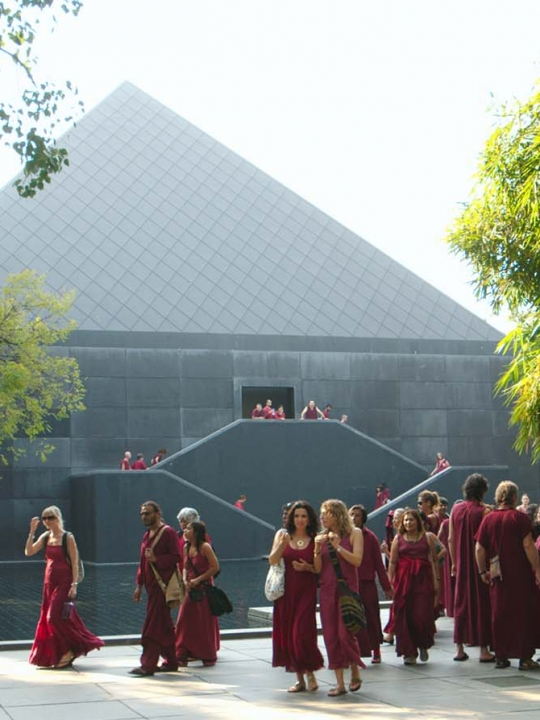 The Buddhafield: Zwei Wochen im OSHO International Meditation Resort in Pune