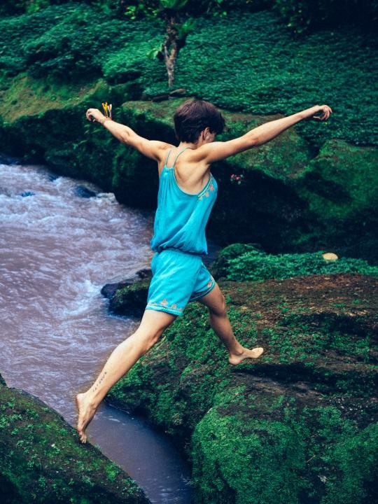 Spirituelle Prokrastination: Wenn die Erkenntnis im Yogastudio zurückbleibt