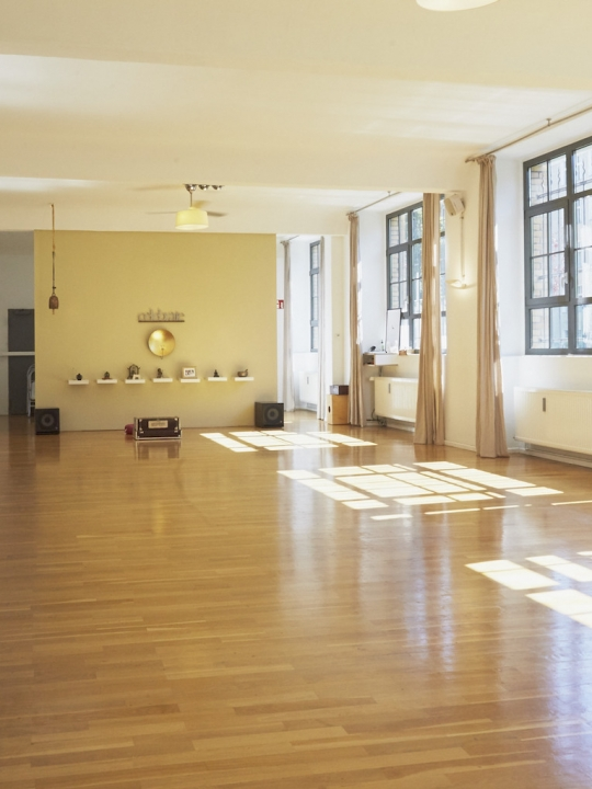 Peace Yoga Berlin: Das Jivamutki-Studio für sporty Spiris