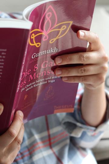 Bookspiration: Diese Kundalini Yoga Bücher solltest du kennen 4