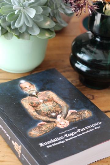 Bookspiration: Diese Kundalini Yoga Bücher solltest du kennen 6
