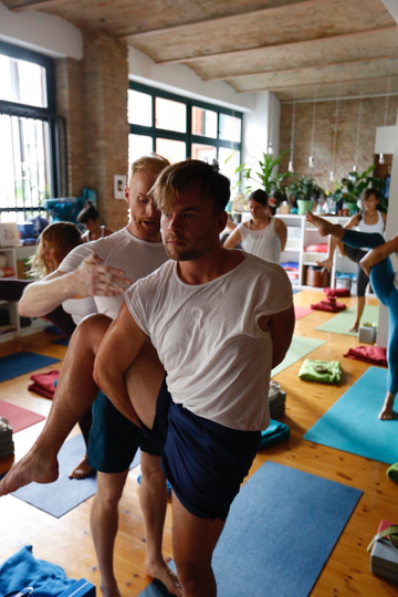 Yogafürdich: 200h Power Vinyasa Ausbildung in Berlin 3