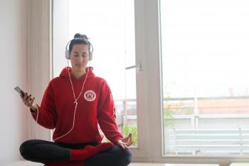 Bye Bye Monkeymind: Drei Tipps und eine App für Meditationsmuffel