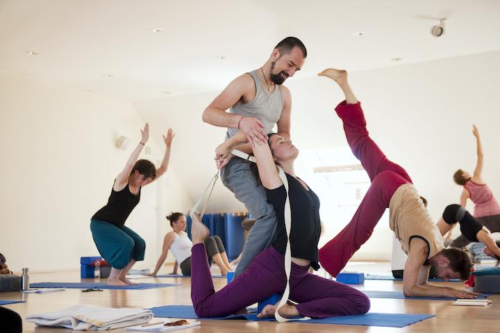 Element Yoga: 200h, +300 oder 500h Ausbildung in Berlin, Leipzig oder Karlsruhe 3