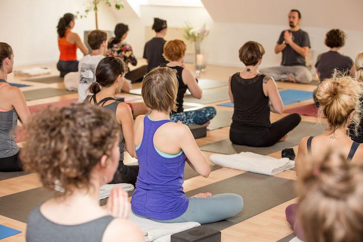Element Yoga: 200h, +300 oder 500h Ausbildung in Berlin, Leipzig oder Karlsruhe 5