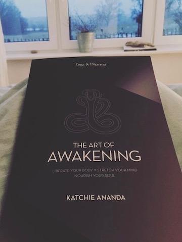 Bookspiration Anusara Yoga: Diese Bücher solltest du kennen 4