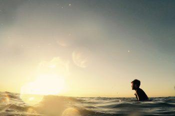 Die besten Yoga- und Surfcamps 2019