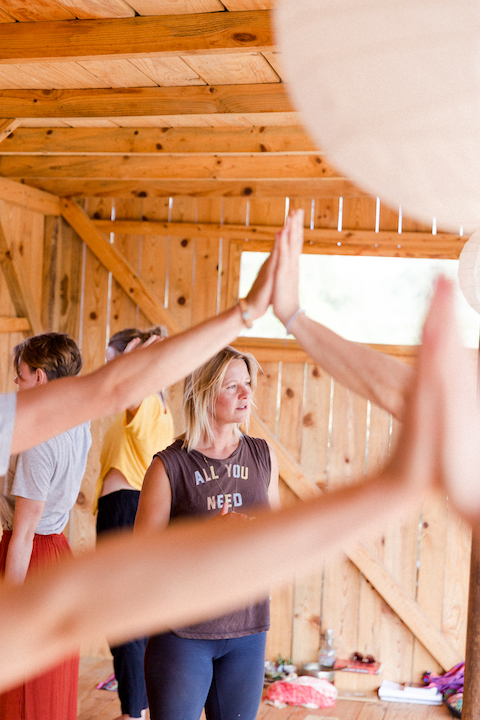 Die besten Yoga- und Surfcamps 2019 4