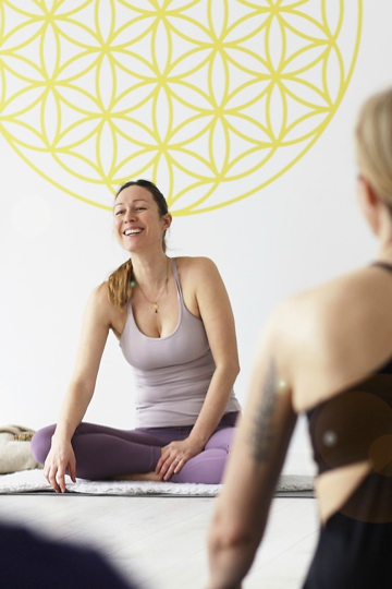 nivata Yoga: 200, 500 oder +300 Stunden Ausbildung in Berlin 4