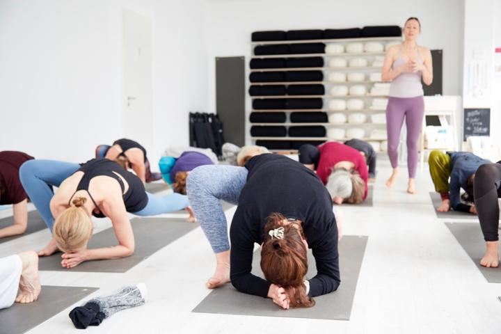 nivata Yoga: 200, 500 oder +300 Stunden Ausbildung in Berlin 8