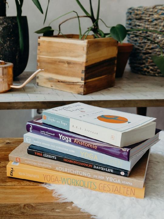 Bookspiration: Die besten Bücher für (neue) Yogalehrer*innen 5