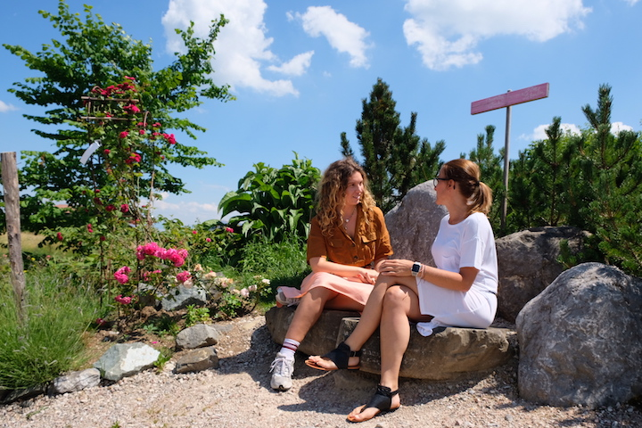 Von Rosengärten und Bergkristallen: Zu Besuch bei Primavera 2