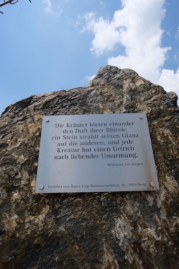Von Rosengärten und Bergkristallen: Zu Besuch bei Primavera 7