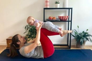 Yoga mit Baby: So bleibt dir die Praxis erhalten 5