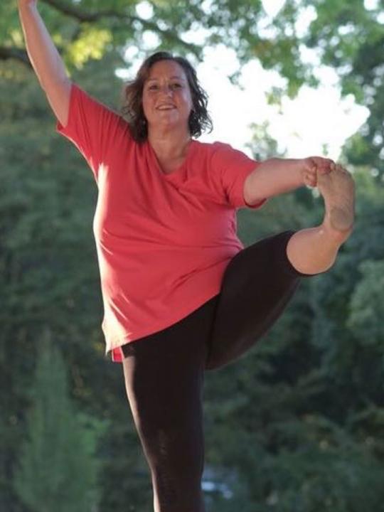 Big Yoga #3 Tutorial: Raus aus dem Kopf, rein in deinen Körper 1