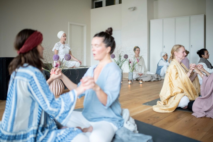 Kundalini Yoga Ausbildung mit Panch Nishan Kaur Khalsa in Berlin 9