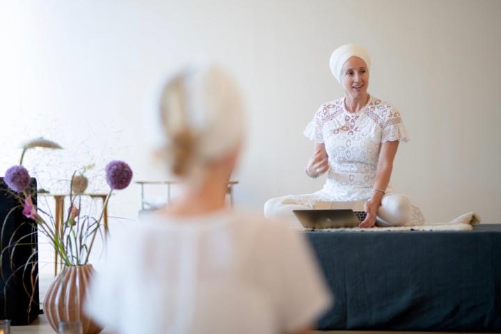 Kundalini Yoga Ausbildung mit Panch Nishan Kaur Khalsa in Berlin 10