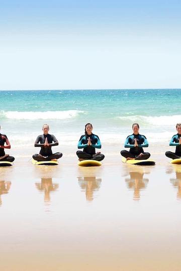 Das sind die besten Surf und Yogareisen 2020 1