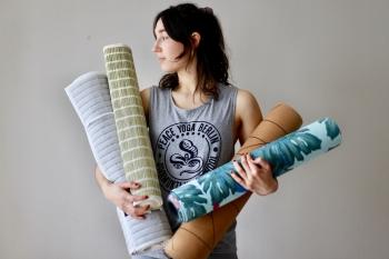 Yogamatten mal anders: Das sind die ungewöhnlichsten Matten 5