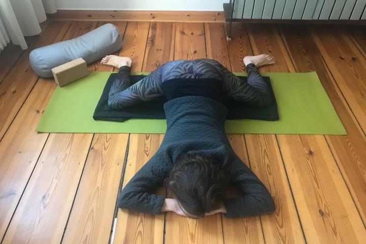 Yin Yoga Tutorial: 30-Minuten-Sequenz für den Frühling 4