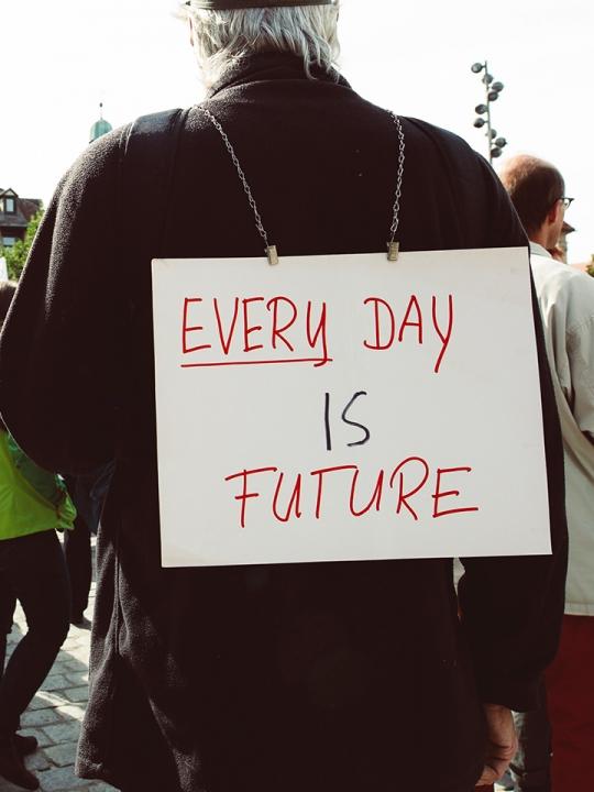 Ahimsa und Klimaschutz: Wie Yoga uns zu Klimaaktivist*innen macht
