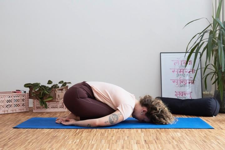 Mental Health Yoga II: Ein Flow für psychische Stärke 11
