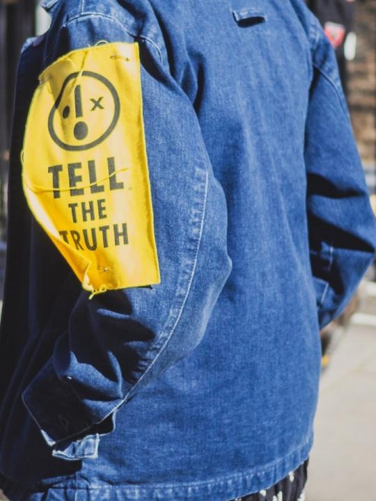 Ein Wochenende Radical Honesty. Was passiert, wenn wir alle immer die Wahrheit sagen?