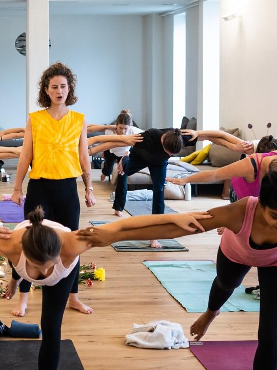 So sprichst du als Yogalehrer*in inklusiver 1
