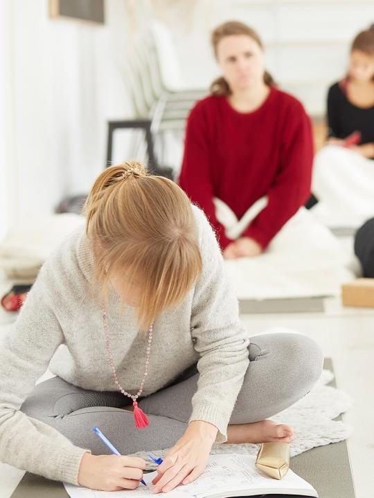 nivata Yoga: Prä- und Postnatal-Ausbildung 6